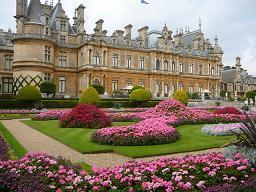 Waddesdon_Manor_and_Gardens_-_geograph.org.uk_-_649037.jpg